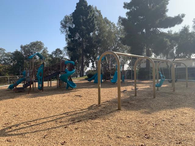 Sur La Brea Playground 2